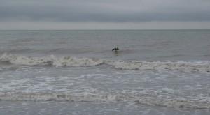 prvi stik s surfanjem na valovih